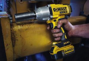 Best Battery Powered Impact Wrench